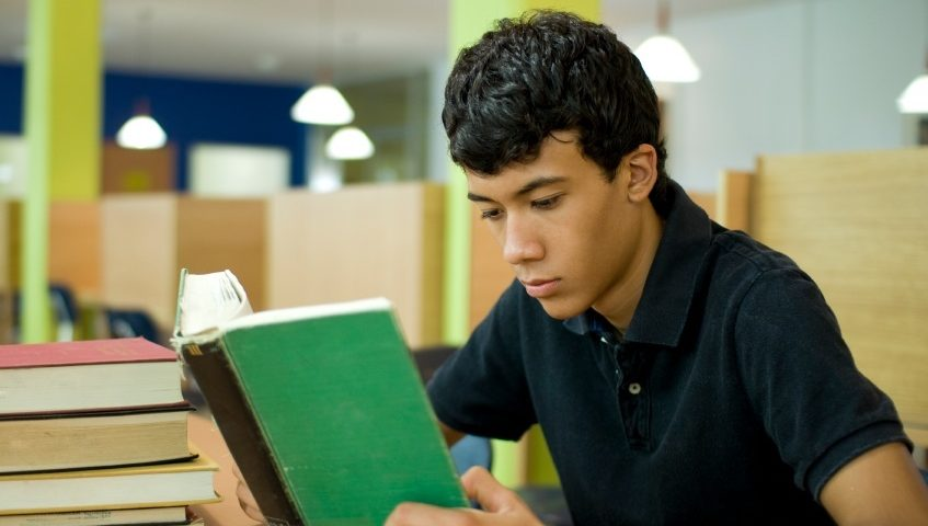 We Review the Best ESL Textbooks for Learning to Read, Write, and Speak English