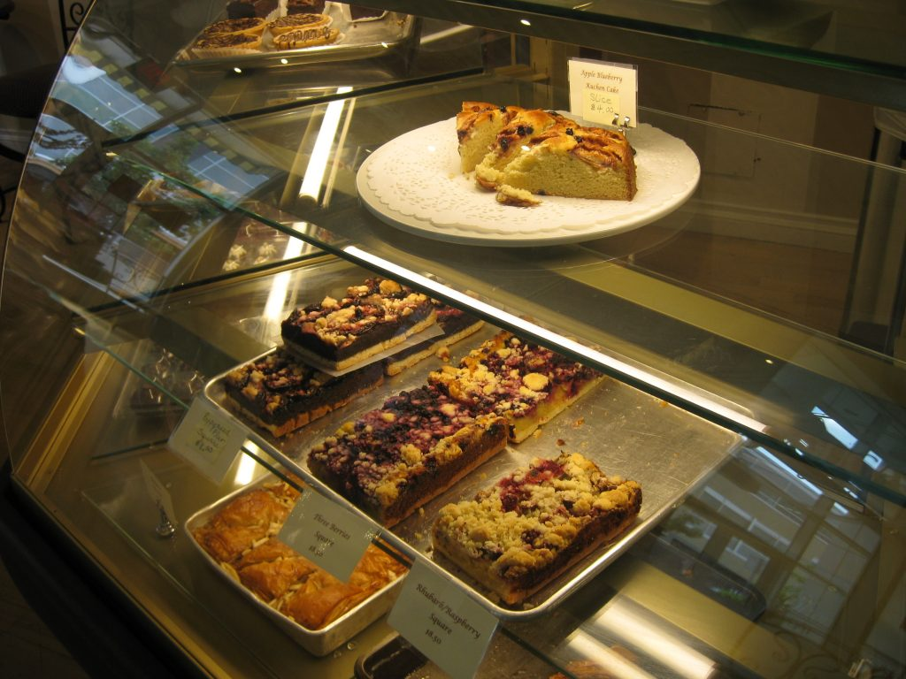 cakes and crumbles