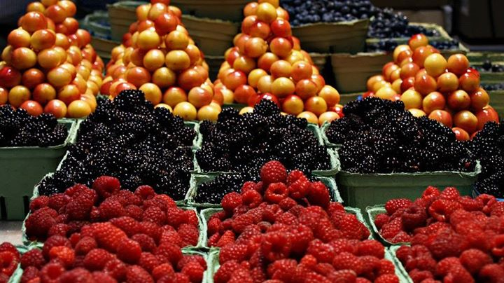 Table of berries and fruit